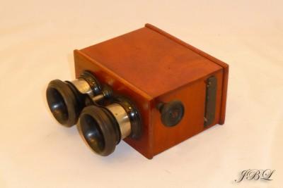 jules-richard_stereoscope-45x107-l_1