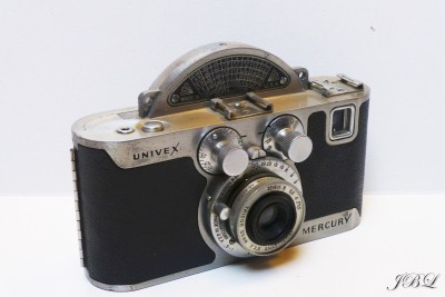 universal-camara_mercury-model-cc_-(1)
